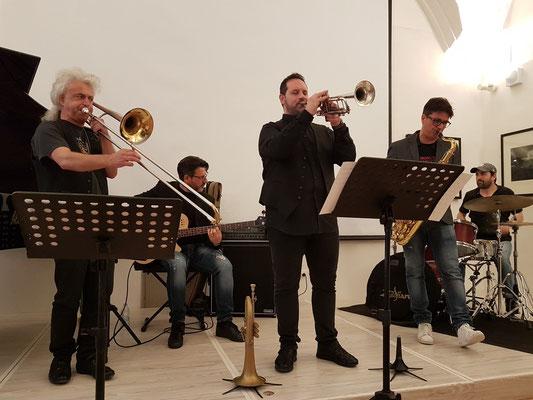 Roberto Schiano, Posaune - Gianfranco Campagnoli, Trompete - Daniele Scannapieco, Tenorsaxophon