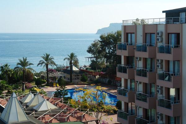 Blick aus unserem Zimmer des Hotels Rose Residence Beach