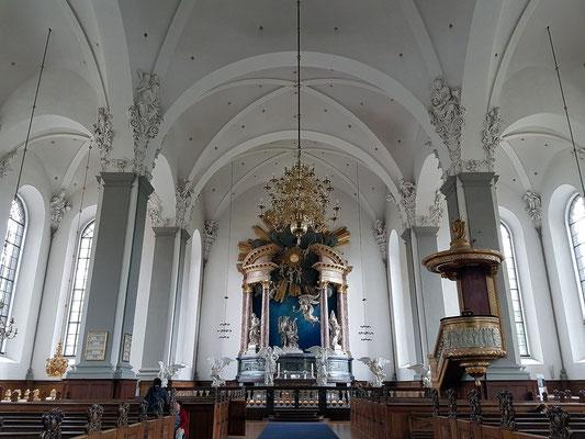 Barocke Erlöserkirche (Vor Frelsers Kirke), Langhaus zum Chor