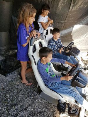 Digital-elektronisches Autorennen für Kinder