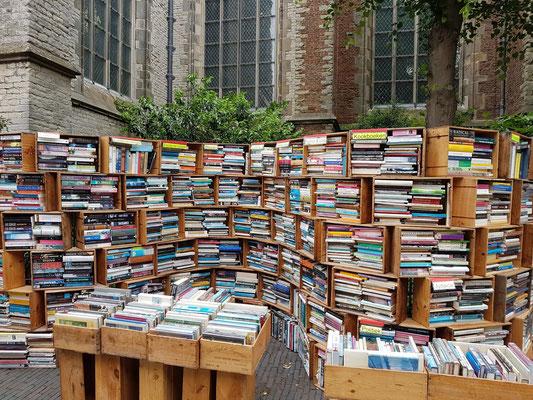Bücherantiquariat an der Pietterskerk