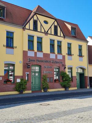 """Gasthaus """"Zum Hauenden Schwein"""""""