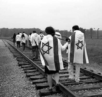 Israelis gedenken des Holocausts