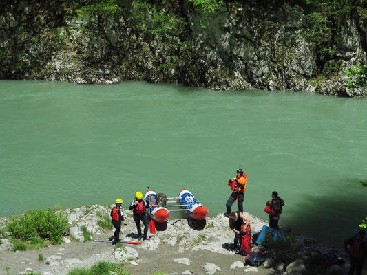 Beginn des Wassersports und der Flößerei auf der Tara