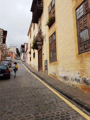 Casa Lercaro (rechts), eines der besten Beispiele kanarischer Architektur, 1600