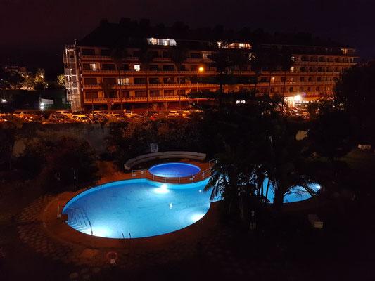 Der Abend auf unserem Balkon des Apartmenthauses Coral Teide Mar