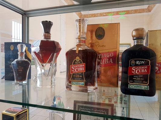 Alter Santiago-Rum