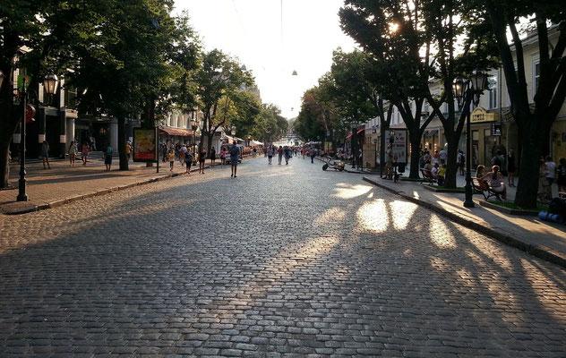 Flaniermeile Derybasivs'ka Street