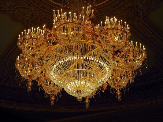 Bolshoi-Theater, Deckenkronleuchter