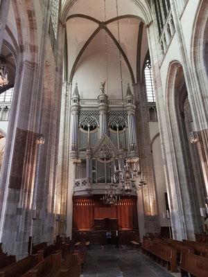 Domkirche, Chorraum mit Blick nach Westen zur Orgel