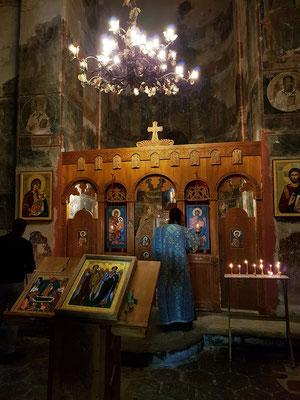 Messe im Kloster Gremi