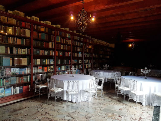 Bibliothek in der Zitadelle von Budva