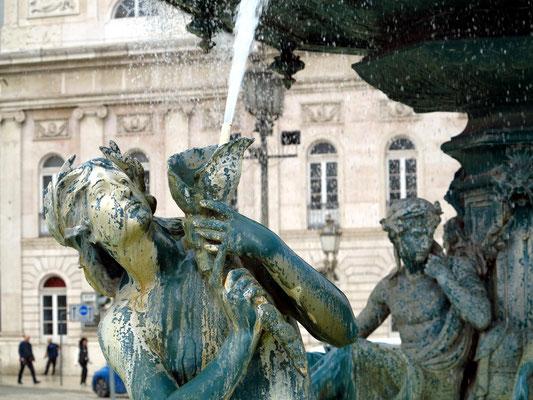 Brunnen auf der Praça Dom Pedro IV