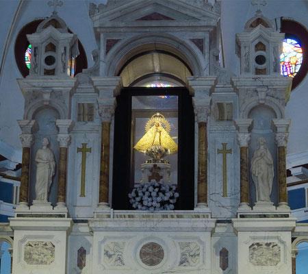 Barmherzige Jungfrau von Cobre (span: Virgen de la Caridad del Cobre) ist eine seit 1612 verehrte hölzerne Heiligenfigur und wichtigster Gegenstand von Wallfahrten in Kuba