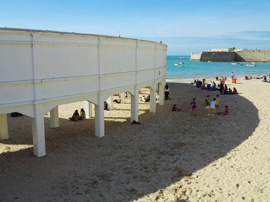 Playa La Caleta, Sede Centro de Arqueología Subacuática (C.A.S.)