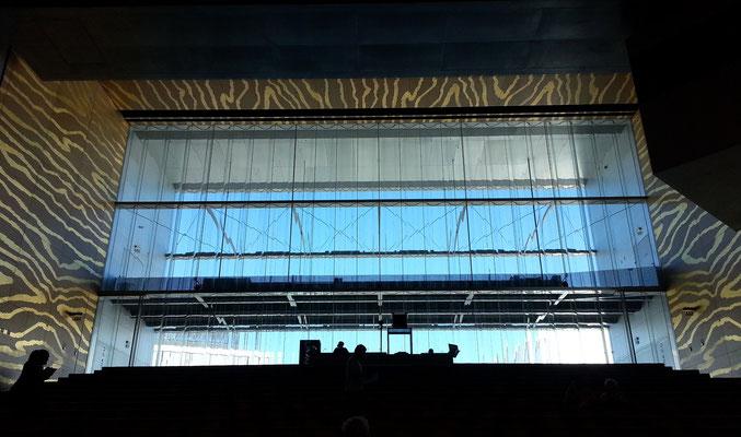 Casa da Música, Blick zum Glasfenster im Großen Saal