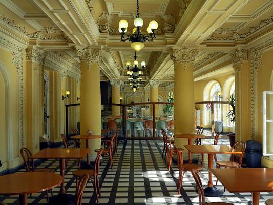 Széchenyi-Heilbad, Korridor im nördlichen Gebäude