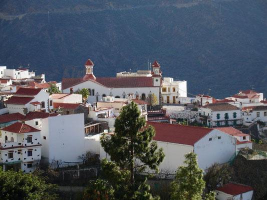 Ortschaft Tejeda, Ausgangspunkt für Wanderungen in die Gebirgswelt von Gran Canaria