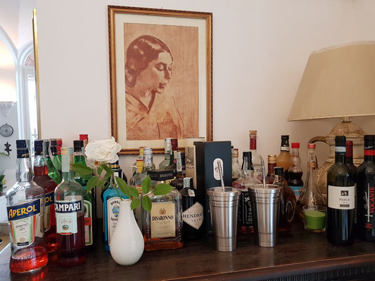 Alkoholische Getränke im Frühstücksraum von La Reginella