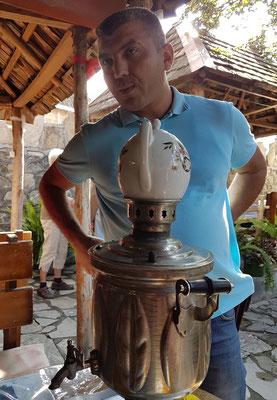 Im Teegarten von Kish  (Tee aus dem Samowar)