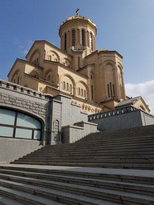 Freitreppe zur Sameba-Kathedrale