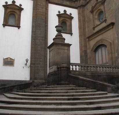 Las Palmas, Teilansicht der Kathedrale, die alle Baustile zwischen Gotik und Neoklassizistik vereint