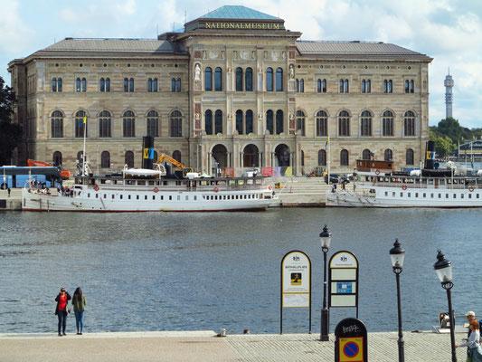 Blick vom Stockholmer Schloss zum Nationalmuseum