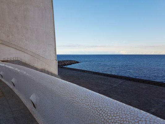Blick von der Galerie nach Süden zum Meer