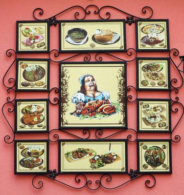 Keramiken am Slovak Hause