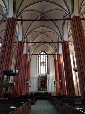St. Marien. Blick zum Altar im Osten