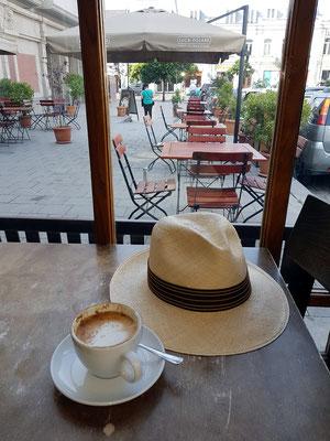 Im Café Luca Polare