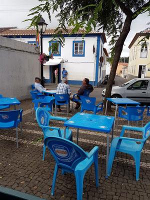 Platz gegenüber der Igreja de São Sebastião