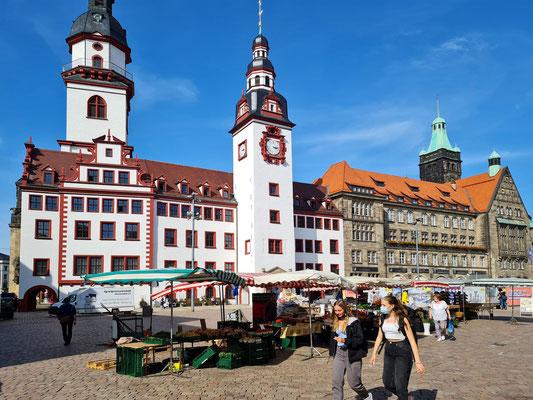 Das Alte und Neue Rathaus am Chemnitzer Marktplatz