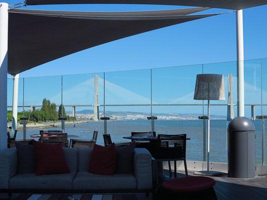 Hotel Myriad Lissabon, Bar