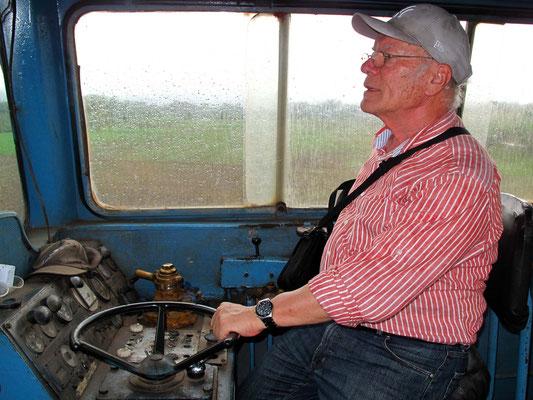 Im Führerstand der Diesellokomotive (Foto: Bernd.Th)