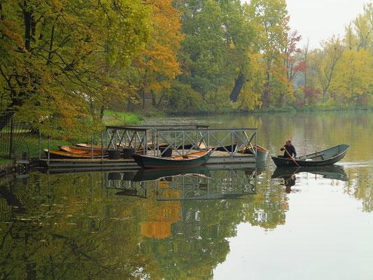 Wilanów-Park mit Wasserarm Jezioro Wilanowskie