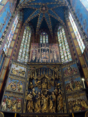 Hochaltar von Veit Stoß. Er ist der größte Altar Europas dieser Art und entstand in den Jahren 1477–1489, gestiftet von der Bürgerschaft Krakaus.