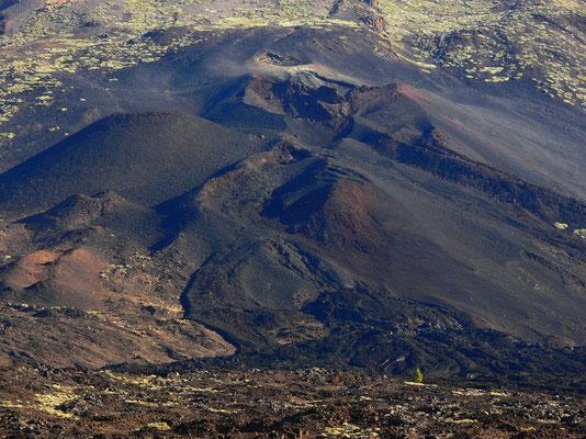 Los Narices del Teide, parasitäre Vulkane und Lavaströme am Südwesthang des Pico Viejo