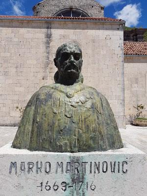 Marko Martinović (Perast, 1663 - 1716) war ein Seemann, Mathematiker und Dichter aus der Bucht von Kotor.