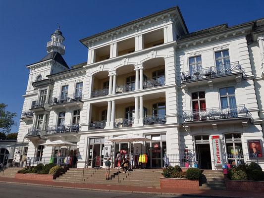 Seeschloss Heringsdorf an der Seestraße