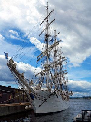 Segelschulschiff im Hafen von Oslo
