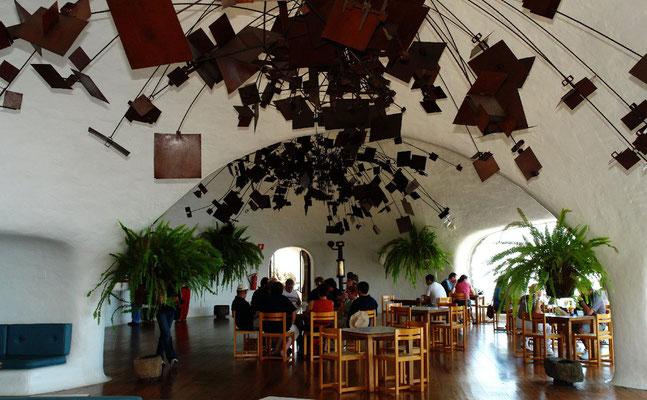 Mirador del Río. Großer Saal mit Cafeteria