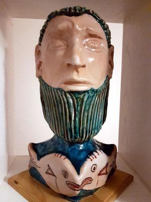 Skulptur von MAO (glasierte Keramik)