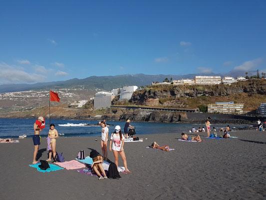 Puerto de la Cruz. Samstagnachmittag an der Playa de Martiánez