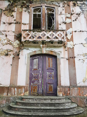 Kirchenruine von Ribeirinha, Fassade