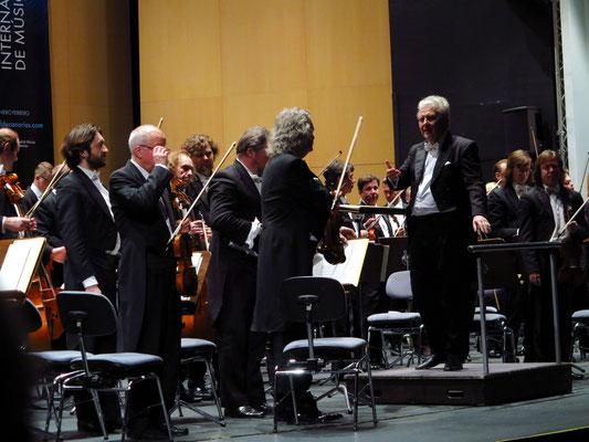 Applaus für Wassily Sianisky und die Petersburger Philharmoniker
