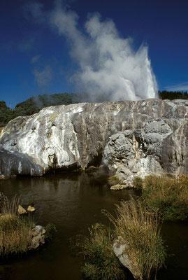 NZ Rotorua, Puhutu-Geysir