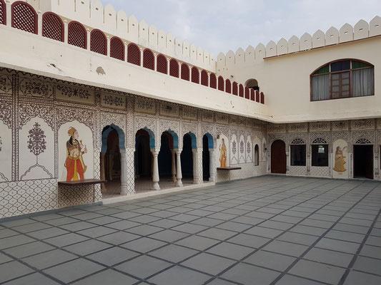 Heritage Hotel Surajgarh Fort, Dachterrasse im Hauptgebäude