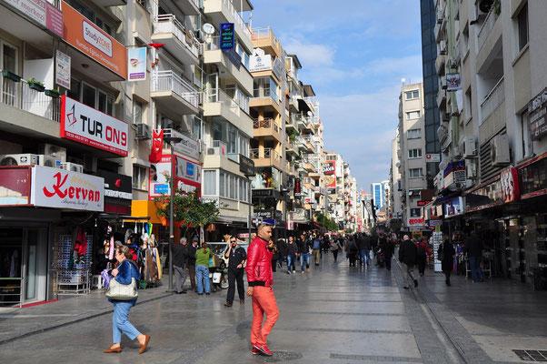 Izmir, Geschäftsstraße