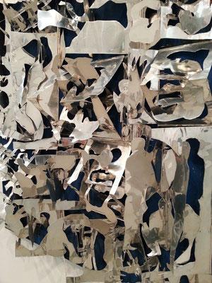 Museu Calouste Gulbenkian - Coleção Moderna; José Escada (Lisboa 1934-1980) Retrospektive. 2016. Le reve argenté, Paris 1967, Aluminium Relief auf Aluminium Folie